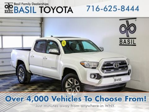 Pre-Owned 2017 Toyota Tacoma Limited With Navigation & 4WD